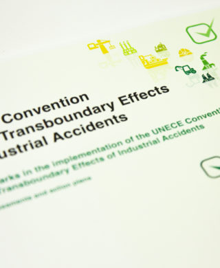 Benchmarks for the implementation of the Convention on the Transboundary Effects of Industrial Accidents